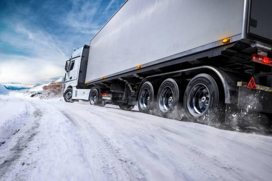 Vinterdäck för tunga fordon